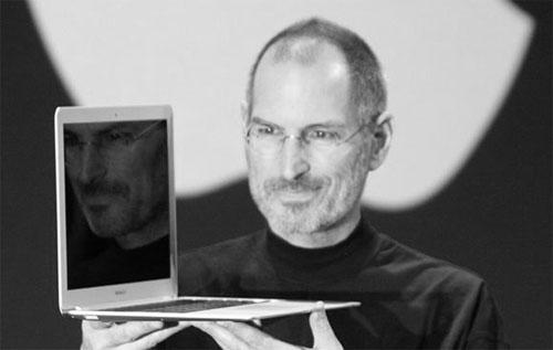 Steve Jobs trekker seg