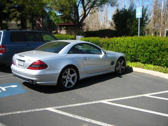 Steve Jobs parkerer feil